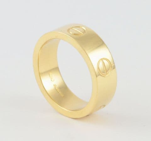 Vintage Solid 18Ct Gold Ring / Band In Love Design